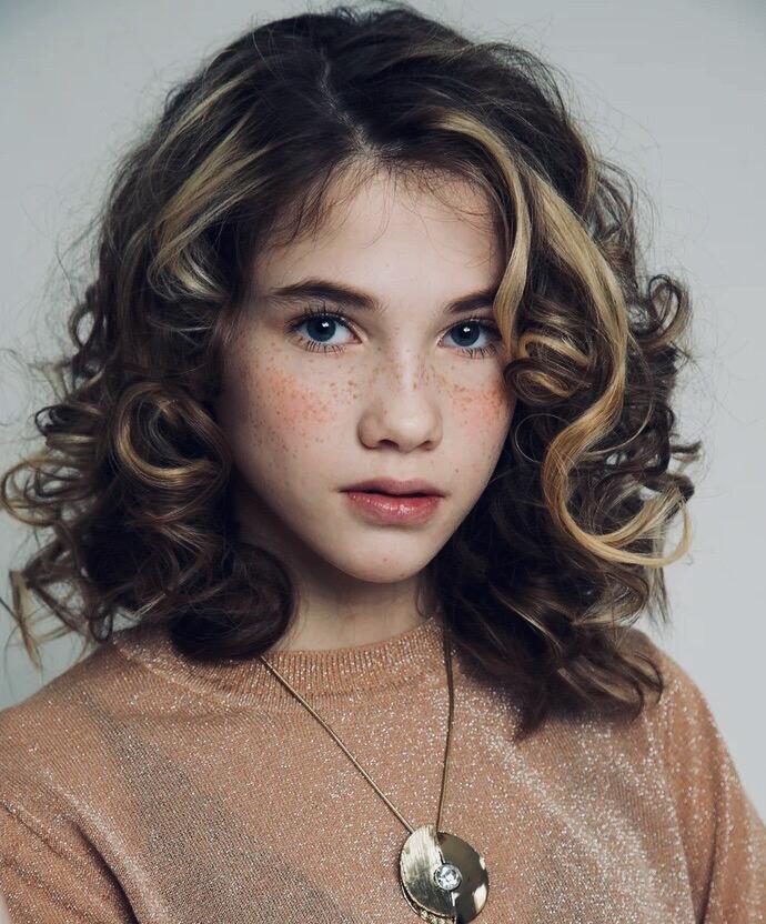 Модели 12 лет фото вебкам девушка модель ищет работу