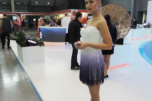 Работа девушке моделью дегтярск модели онлайн домодедово